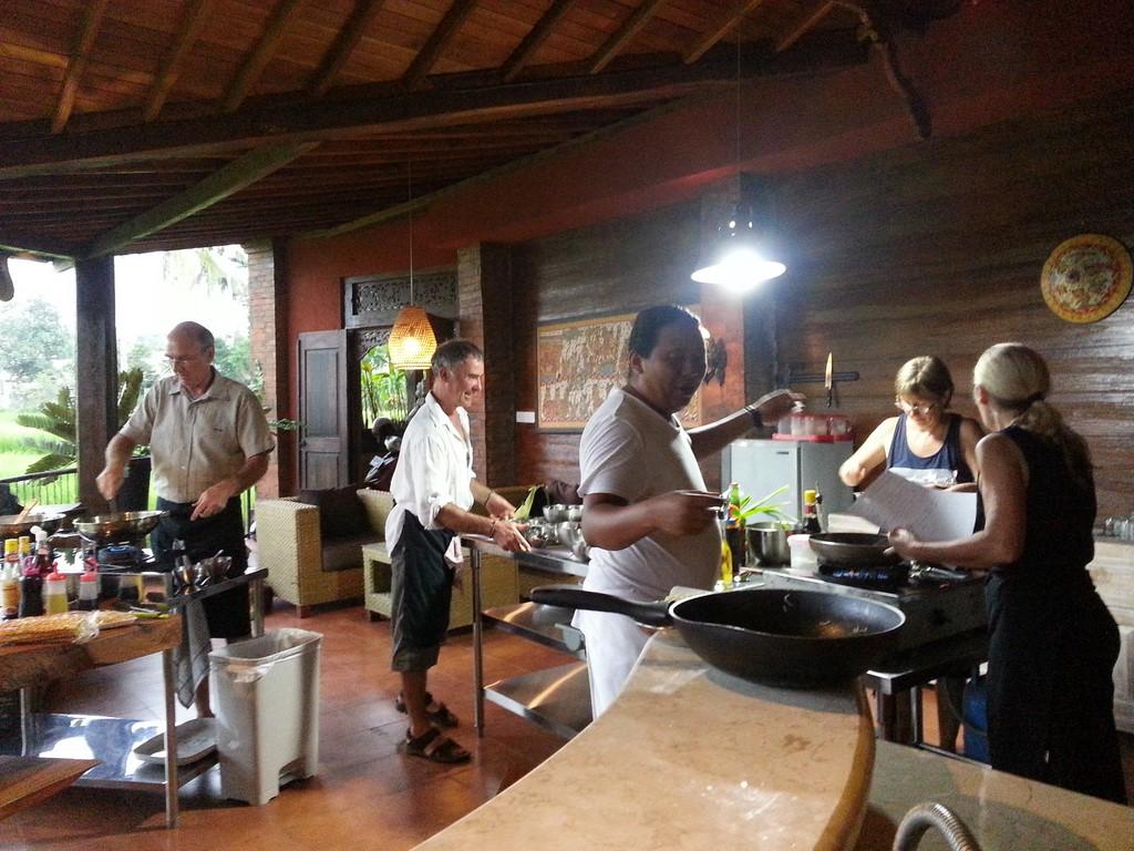 Cours de cuisine en fran ais bali ubud pariliana for Smartbox cours de cuisine
